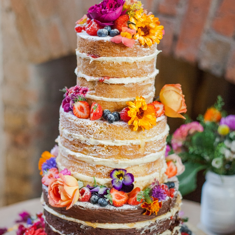 wedding cake flowers edible edible flowers for wedding cakes 22674