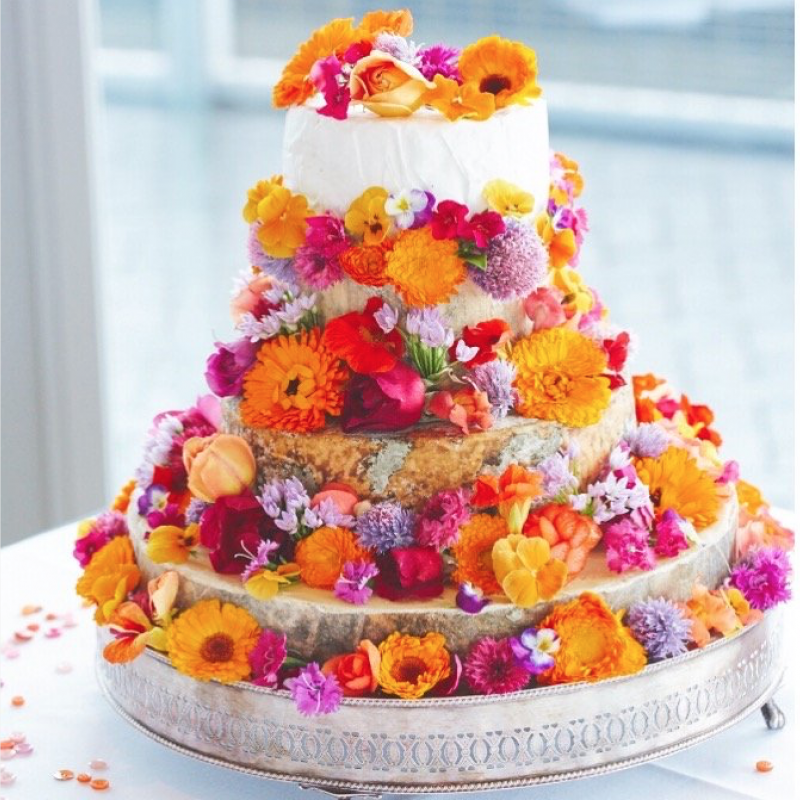Wedding Cake Flowers Edible: Edible Flowers For Iced Wedding Cakes
